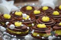 Příprava receptu Křehké kakaové sušenky s kvalitním máslovým krémem, krok 8