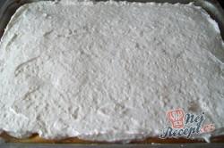 Příprava receptu Meruňkové řezy s kokosovou pěnou, krok 6