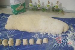 Příprava receptu Dukátové buchtičky se žloutkově vanilkovým krémem, krok 2