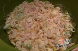 Příprava receptu Celerový salát s ananasem a pórkem, krok 5