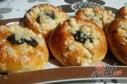 Příprava receptu Plněné moravské koláče s pořádnou dávkou povidel, krok 11