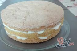 Příprava receptu Kokosový dort s Rafaello kuličkami - FOTOPOSTUP, krok 7
