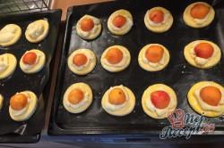 Příprava receptu Meruňkové kynuté koláčky, krok 10