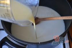 Příprava receptu Krémové banánové řezy, krok 3