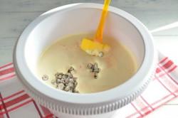 Příprava receptu Zdravější dezert - Mrkvový dort s citronovou polevou, krok 8