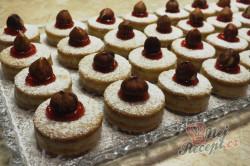 Příprava receptu Měkoučké koláčky s lískooříškovým krémem, krok 2