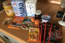 Příprava receptu Měkoučké pardubické perníčky s povidly, krok 1