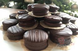 Příprava receptu Medová kolečka: Nejchutnější vánoční cukroví zalité čokoládou, krok 6