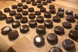 Příprava receptu Medová kolečka: Nejchutnější vánoční cukroví zalité čokoládou, krok 4