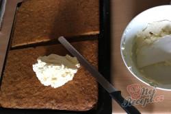 Příprava receptu Zdravější zákusek KRÁLÍČEK s mascarpone krémem a oříšky, krok 13