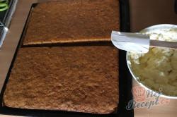 Příprava receptu Zdravější zákusek KRÁLÍČEK s mascarpone krémem a oříšky, krok 11