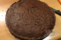 Příprava receptu Jablečný dort na způsob luxusního Sacher dortu, krok 6