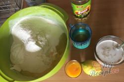 Příprava receptu Mini záviny z bílého jogurtu s makovou náplní, krok 2