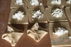 Příprava receptu Křehké taštičky ze zakysané smetany bez kynutí hotové hned, krok 8