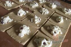 Příprava receptu Křehké taštičky ze zakysané smetany bez kynutí hotové hned, krok 7