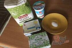 Příprava receptu Křehké taštičky ze zakysané smetany bez kynutí hotové hned, krok 1