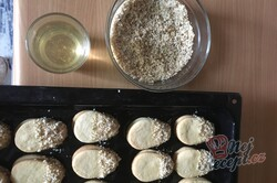 Příprava receptu Vánoční jemné oválky slepované marmeládou, krok 6