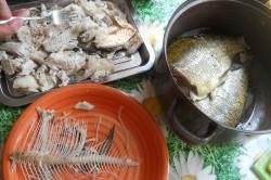 Příprava receptu Karbenátky z cejnů, krok 1