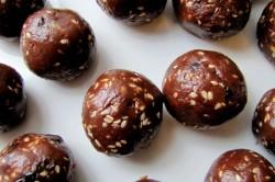 Příprava receptu Super rychlé sušenkové koule v bílé čokoládě s mákem, krok 2