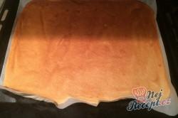 Příprava receptu FITNESS makový závin s tvarohem a se švestkami, krok 3