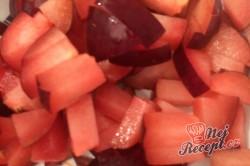 Příprava receptu FITNESS makový závin s tvarohem a se švestkami, krok 5