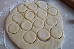 Příprava receptu Jemné koblihy bez kynutí, krok 4