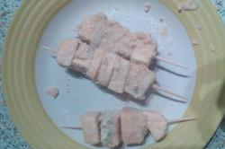 Příprava receptu Sýrové špízy v trojobalu, krok 1