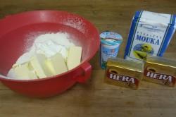Příprava receptu Slané tyčinky ze zakysané smetany, krok 1