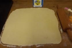 Příprava receptu Slané tyčinky ze zakysané smetany, krok 3