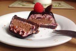 Příprava receptu Malinovo-čokoládové pěnové dortíky, krok 8