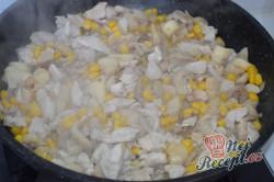 Příprava receptu Zapečené těstoviny (gnocchi) s kuřecím masem a hlívou ústřičnou, krok 2