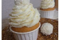 Příprava receptu Fantastické vanilkové muffiny s RAFFAELLO krémem, krok 1