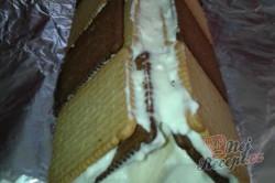 Příprava receptu Střecha z BeBe sušenek, krok 5
